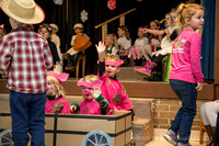 GH gingerbread play 2016-10